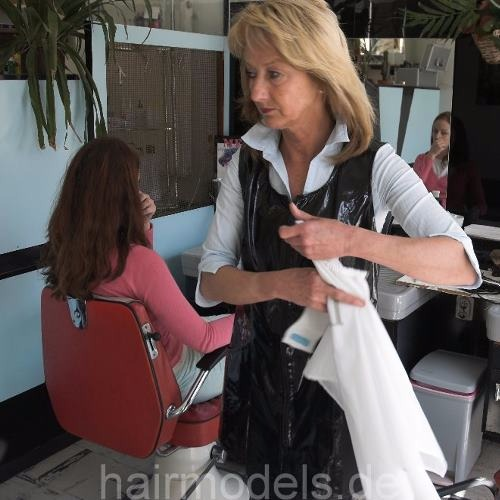 881 forced and handcuffed haircut in german kultsalon