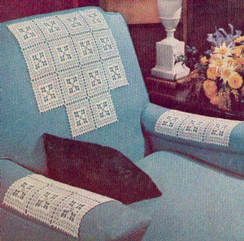 Daisy Vintage Chair Set Antimacassar Crochet Pattern