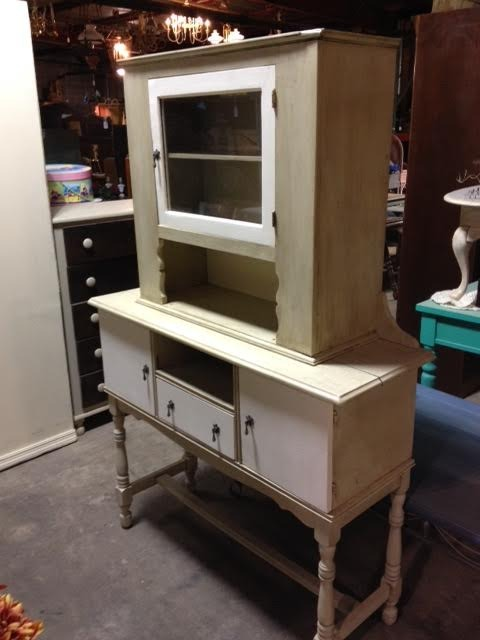 - Antique Hutch/Cabinet - Jarfly Station